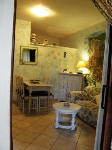 San Pasquale appartamento /villino a schiera con veranda e giardino