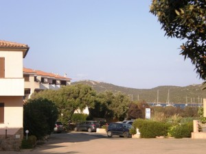 """Porto Pozzo Bilocale """" Circe 14 """"a due passi dal mare"""