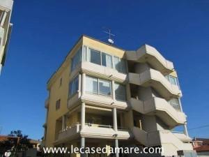 Olbia , Appartamento arredato al terzo piano in zona residenziale