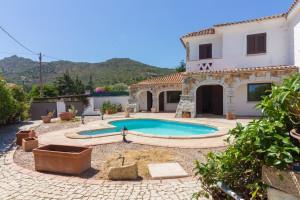 San Teodoro, localita' Lu Fraili, splendida villetta con piscina.