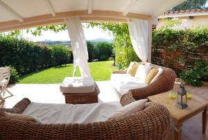 Baia Sardinia villetta su due livelli